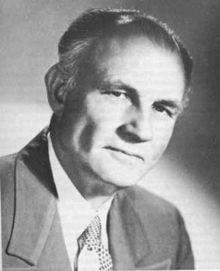 Д-р Хърбърт Шелтън е американски лекар, застъпник на алтернативната медицина