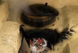 Хората са търсели и намирали различни решения за отопление на дома.