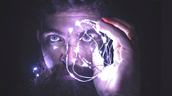 """Очите са """"проводник"""" на информация, която се анализира от мозъка."""